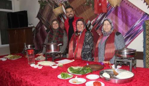 Tekkeköy'ün kültür öğeleri tanıtılıyor