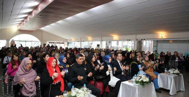 Atakum'da anlamlı buluşma Kadınlardan Zeytin Dalı'na destek