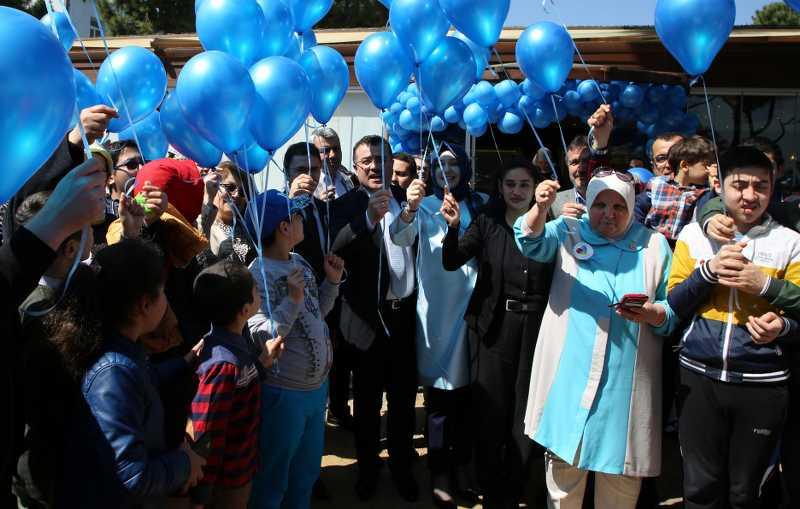 Atakum'da 'OTİZM' farkındalığı