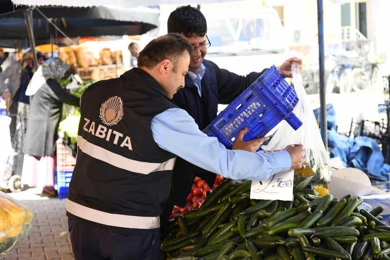 Tekkeköy'de pazar yerleri denetlendi