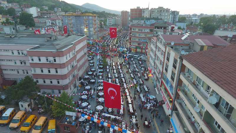 Samsun'un En Büyük İftar Sofrası Tekkeköy'de