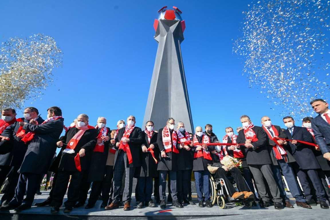 Samsunspor Anıtı muhteşem törenle açıldı