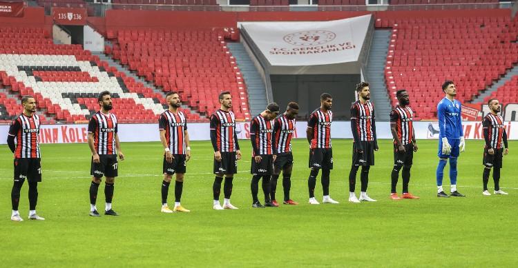 Samsunspor'da 3 Futbolcu Ankara'ya Götürülmedi