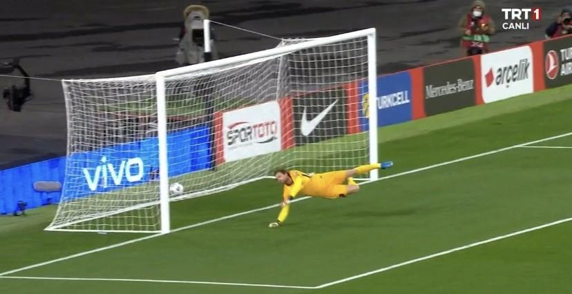 Türkiye, Hollanda Karşısında 1-0 Önde