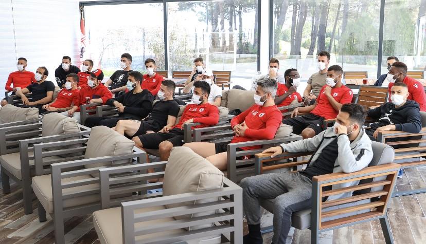 Samsunspor'lu Futbolculara Psikolojik Performans Desteği