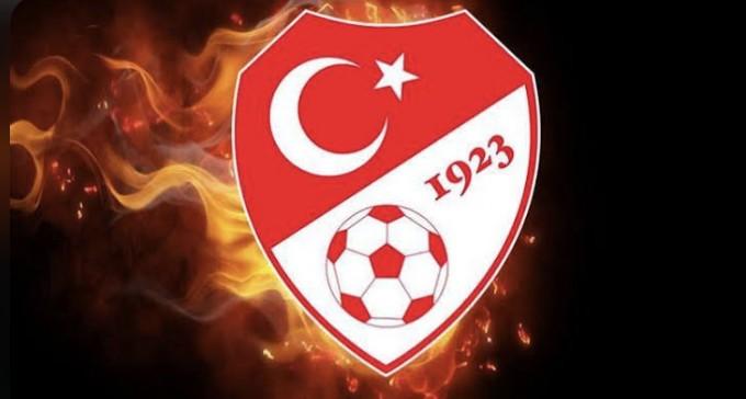 Türkiye'de Her Maçtan Sonra Hakemler Konuşuluyor