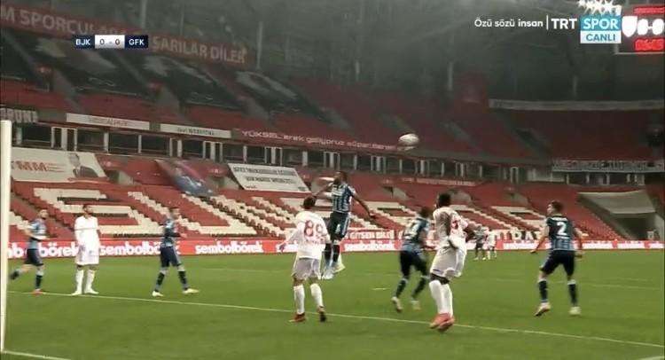 Samsunspor-Adana Demirspor Penaltı Pozisyonu