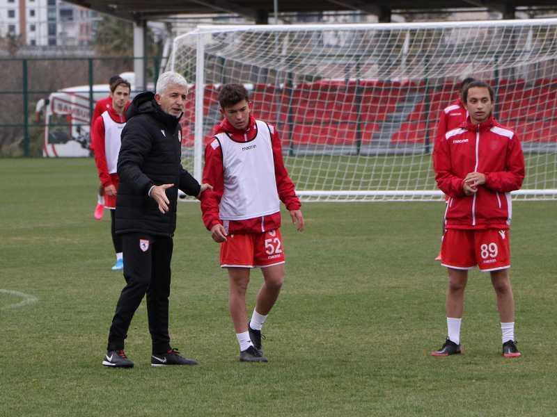 Samsunspor Futbol Akademisinde antrenör eğitimleri devam ediyor