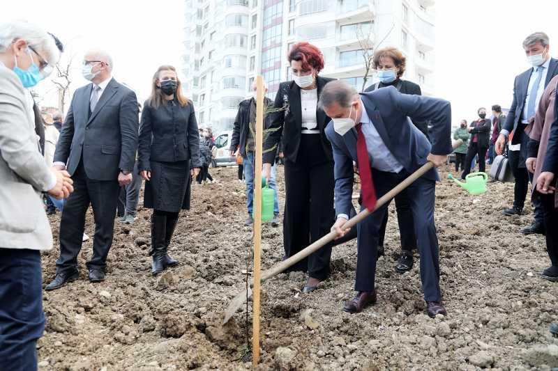 """Atakum Belediyesi'nden  sağlık şehitlerine  """"Vefa Ormanı"""""""