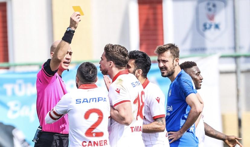 Hakemlerden Samsunspor Futbolcularına Ağır Kararlar