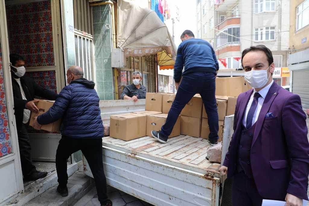 Başkan Demirtaş'tan sanatçılara destek