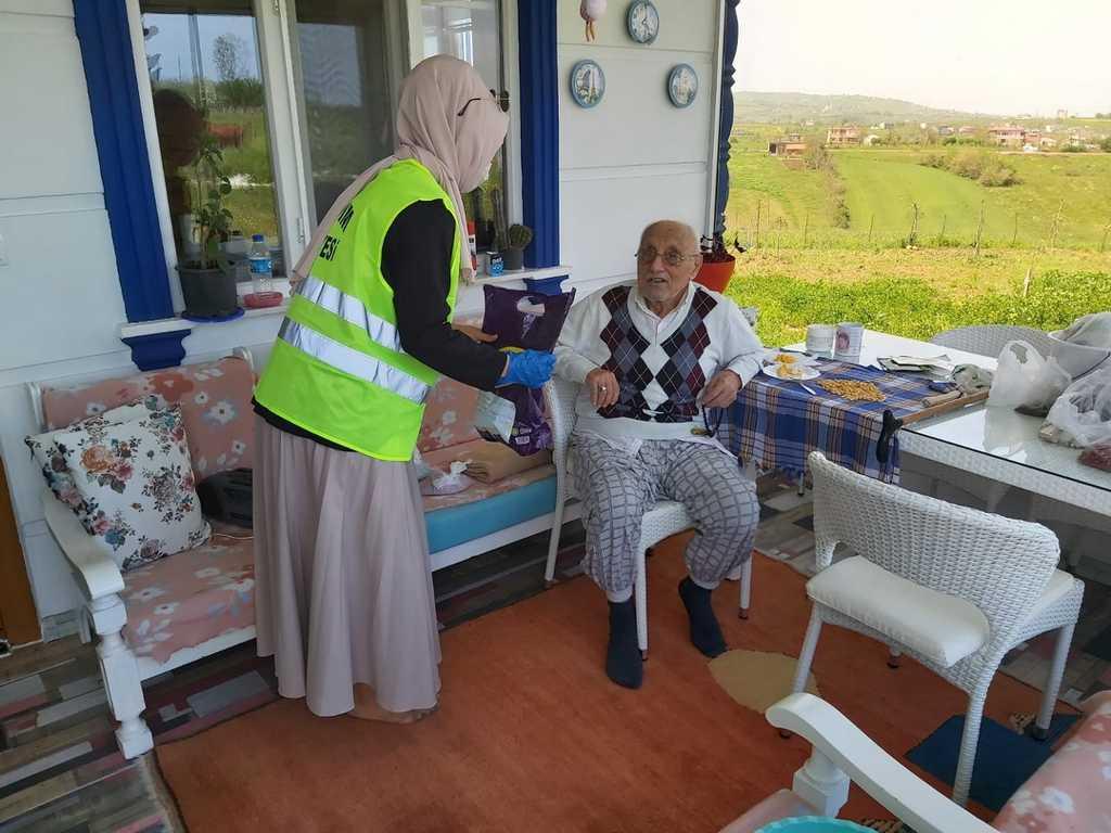 İlkadım Vefa Destek ekibi 13 bin 654 vatandaşın yardımına koştu
