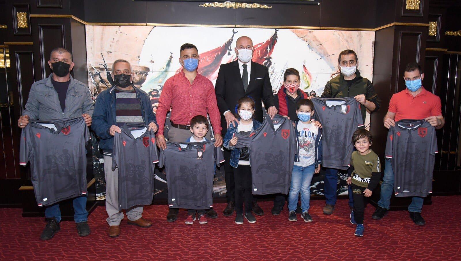 Tekkeköy Belediyesinden 250 Adet Samsunspor Forması