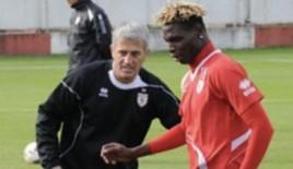 Samsunspor'un eski futbolcularından Petkoviç paylaşımı