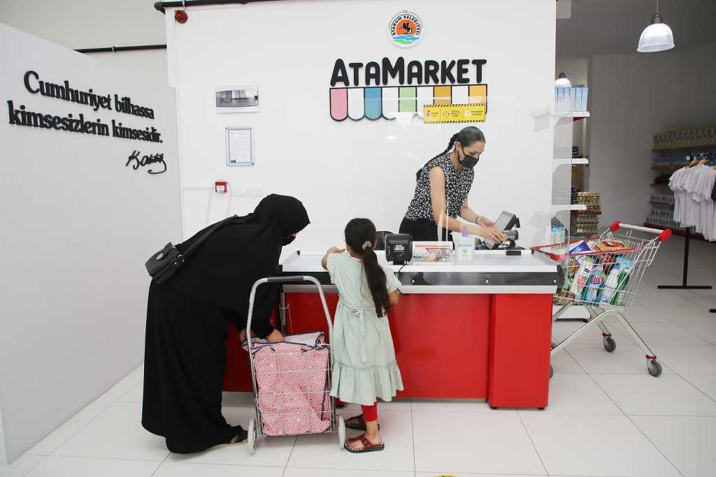 AtaMarket Gıda Bankası 516 yararlanıcıya ulaştı