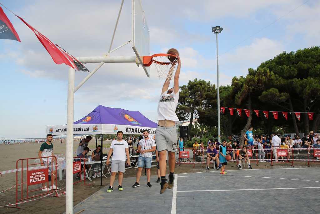 Basketbolun kalbi Atakum'da attı