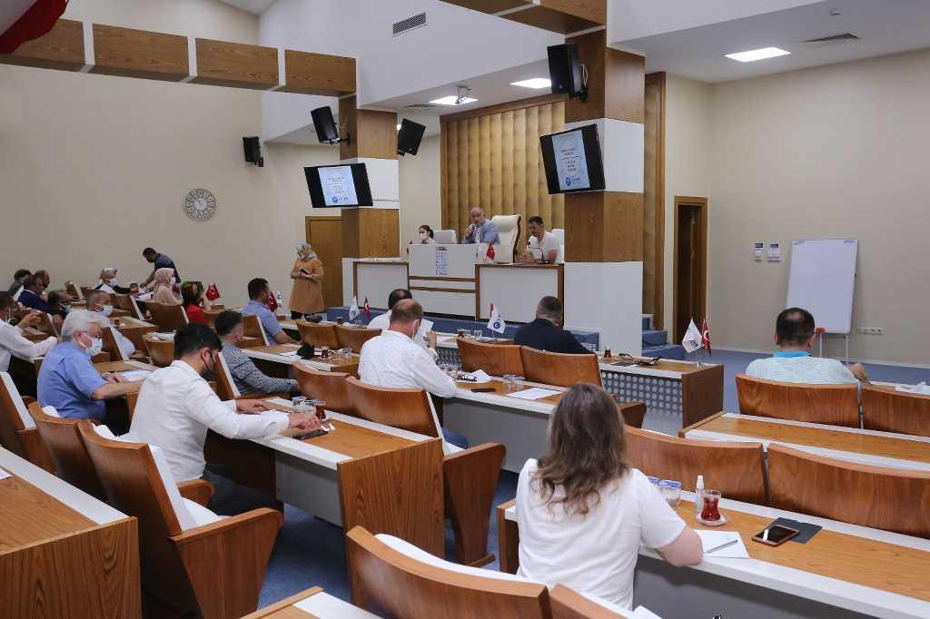 Canik belediye meclisi tatilsiz çalışma kararı aldı